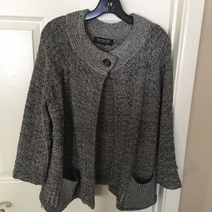 Plus Size Jones New York knit sweater. 2x
